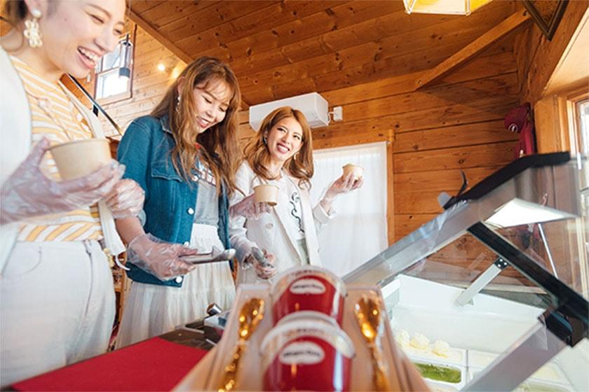 「ハーゲンダッツ食べ放題」は、チェックイン~チェックアウトまでの間、管理棟フロントにてご自由にご利用いただけます。